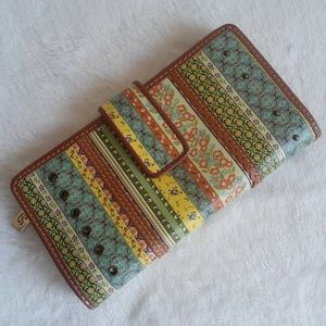 Fossil Multi Print Blue Brown Yellow Wallet
